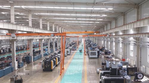 """秦川集团获""""2016中国工业行业排头兵企业""""称号"""